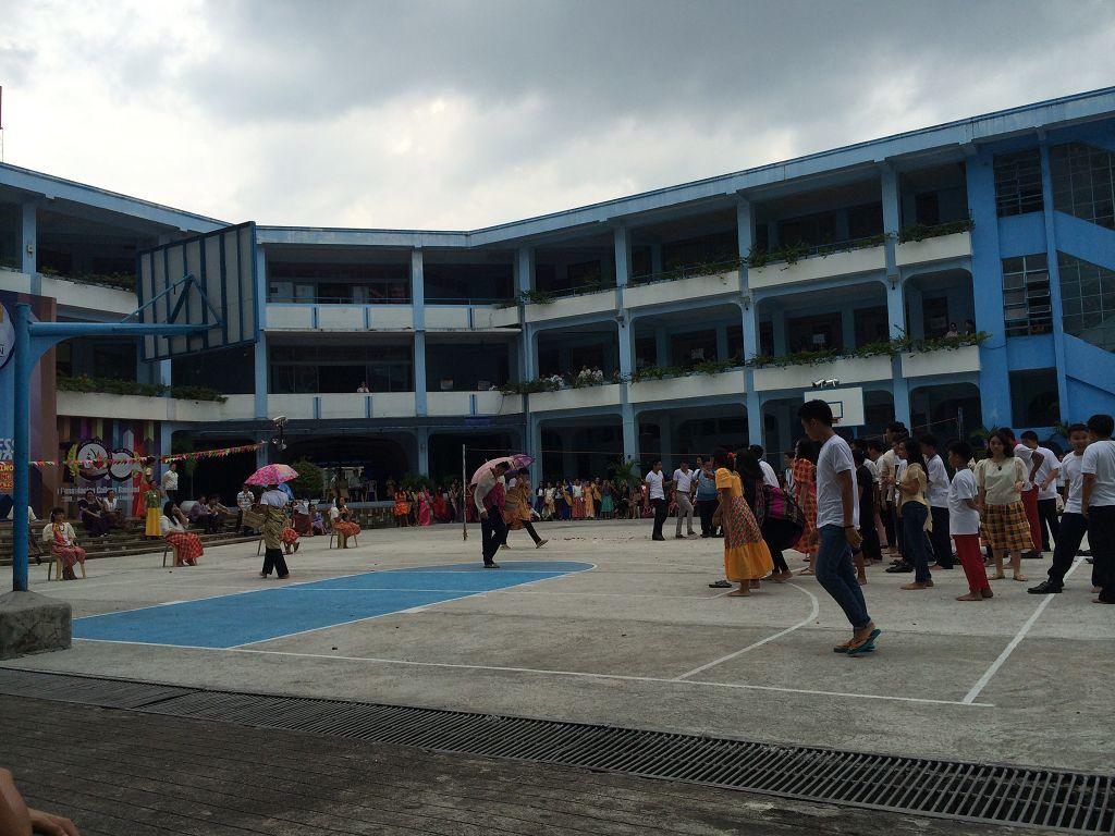 Feier des Filipiniana Days auf unserem Schulhof