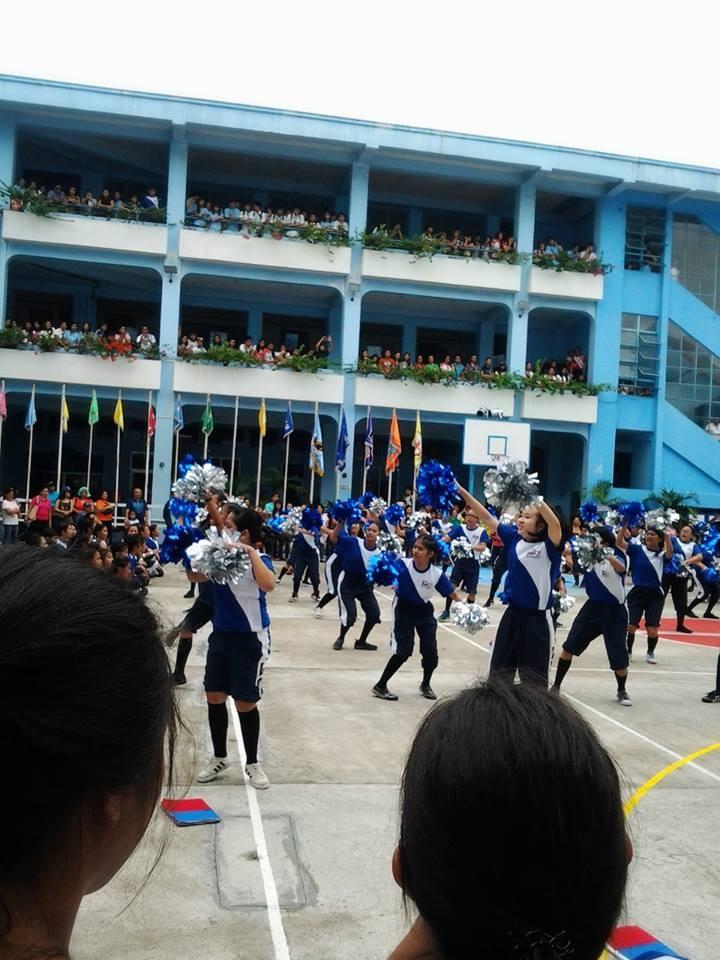 """Wir, die """"Seniors"""", bei unserem Cheering Dance"""