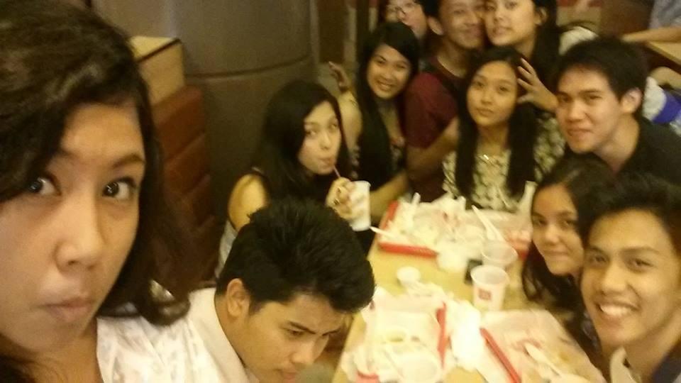 Auch bei McDonald's - mit meinen Freunden