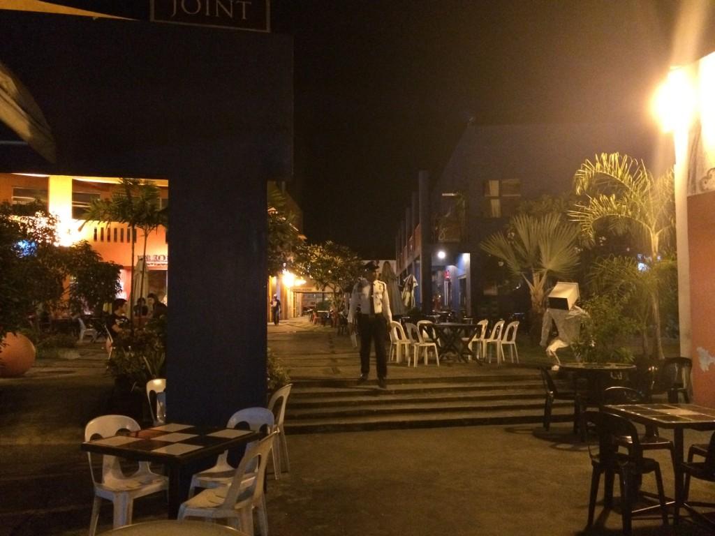 ArtDistrict: Der Teil in der Stadt, wo die Teenager trinken und Party machen gehen