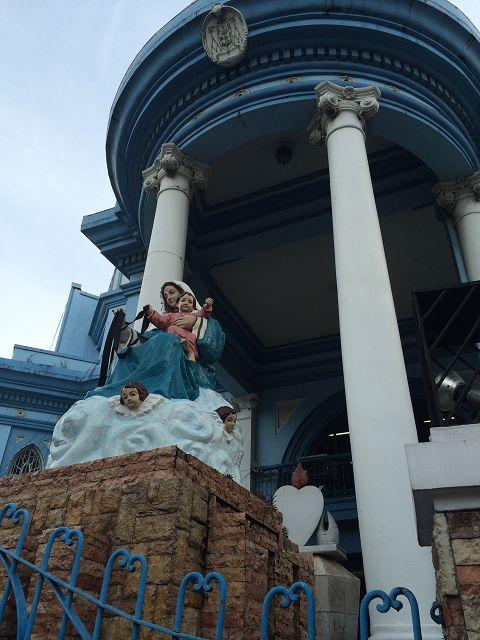 Der Eingang meiner High School (Katholische Privatschule)